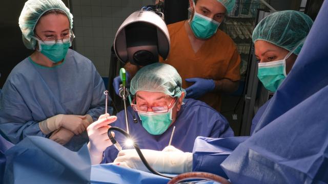 Cirurgia_Colorrectal _19_29